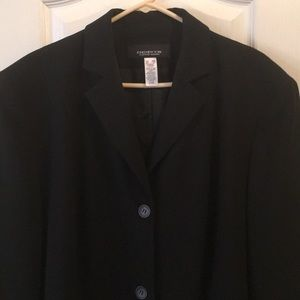 Jones New York 2 button blazer